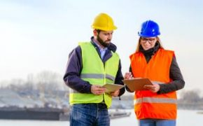 The Importance Of Wearing Safety Clothings on Construction Sites