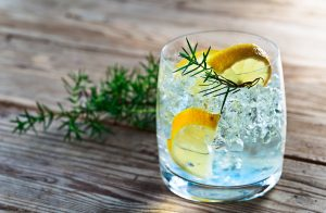 Some major health benefits of moderate level of drinking gin